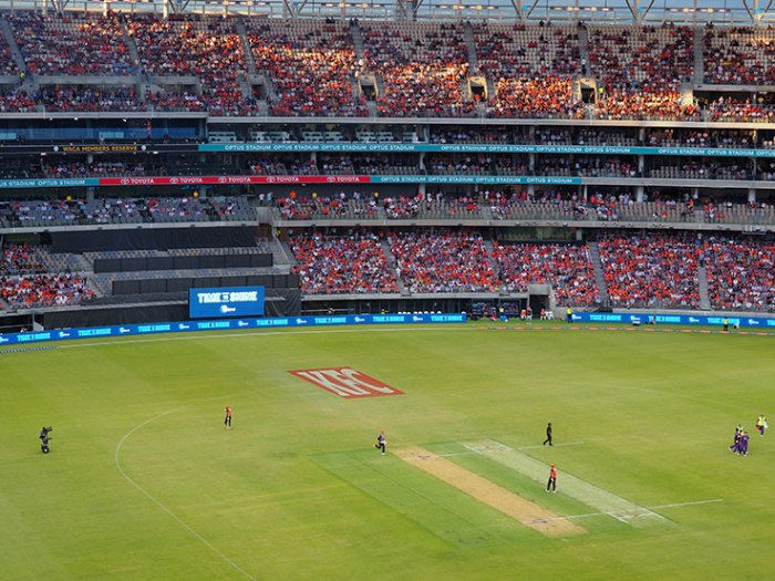 PerthStadiumMarshout